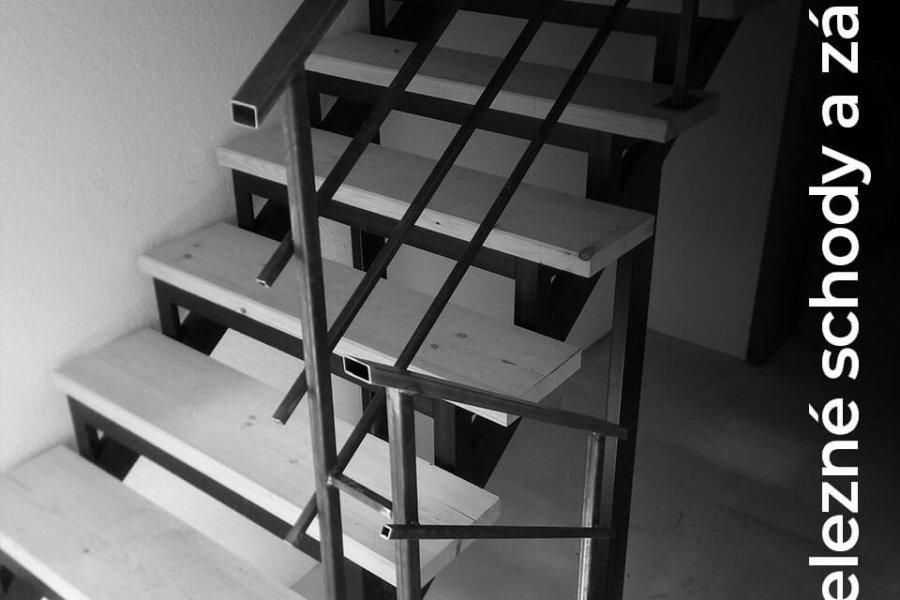 Železné schody a zábradlia